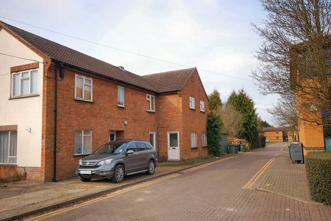 2 bed maisonette to rent in High Street, Cherry Hinton, Cambridge