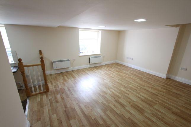 Living Room of High Street, Banbury OX16