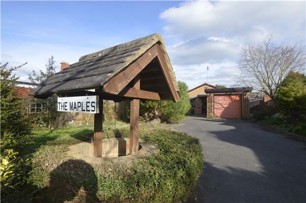 3 bed detached bungalow for sale in St Nicholas Drive, Cheltenham