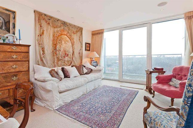Thumbnail Detached house for sale in Oswald Building, Chelsea Bridge Wharf, London