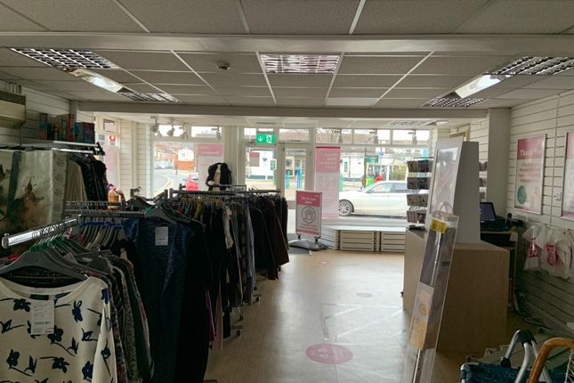 Retail premises to let in Cowick Street, Exeter