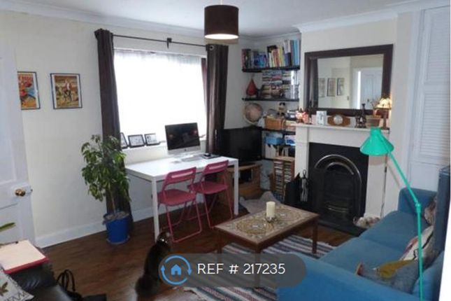 Thumbnail Semi-detached house to rent in Broadway Avenue, Old Harlow