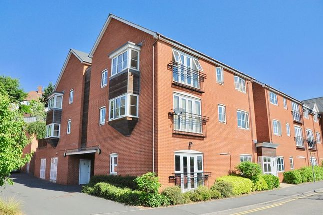 Thumbnail Flat for sale in River House, Common Road, Evesham