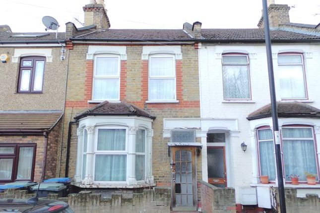 Thumbnail Terraced house for sale in Lowden Road, Edmonton
