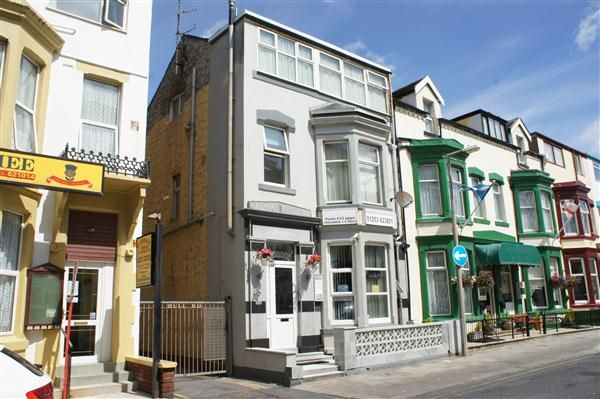 Thumbnail Flat for sale in Hull Road, Blackpool