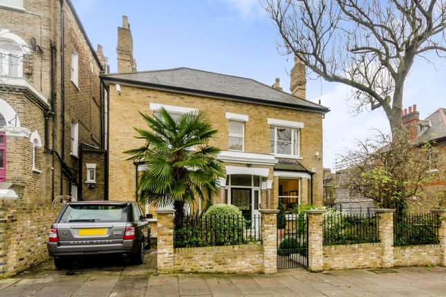 Thumbnail Property to rent in Huddleston Road, Tufnell Park