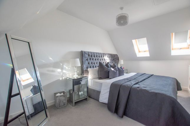 Master Bedroom of Rees Drive, Cardiff CF3