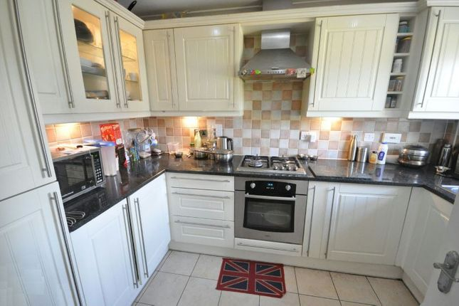 Kitchen of Ladbroke Close, Woodley, Reading RG5