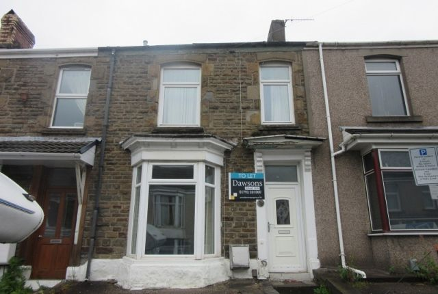 Thumbnail Flat to rent in Rhondda Street, Mount Pleasant, Swansea.