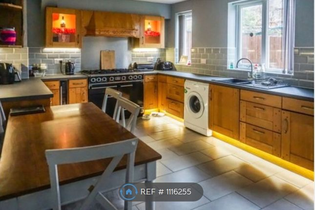 Thumbnail Semi-detached house to rent in Alfred Road, Askern, Doncaster