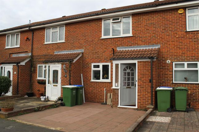3 bed terraced house to rent in Fox Hollow Drive, Bexleyheath DA7