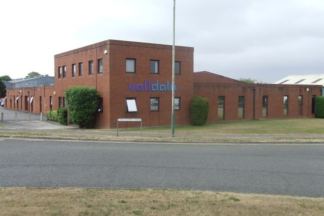 Thumbnail Office to let in Halifax Road, Melksham