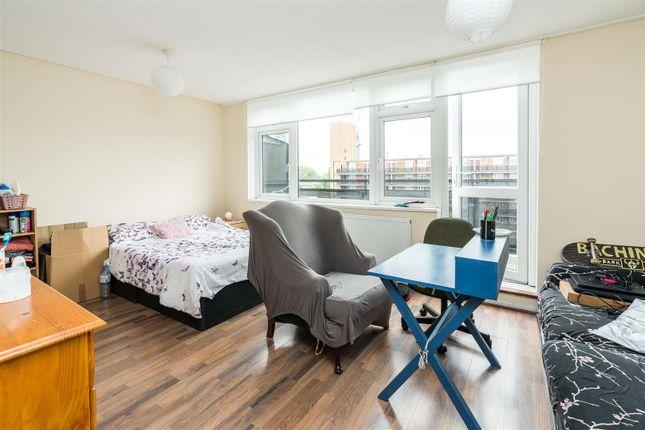 3 bed flat for sale in Marden Square, Bermondsey SE16