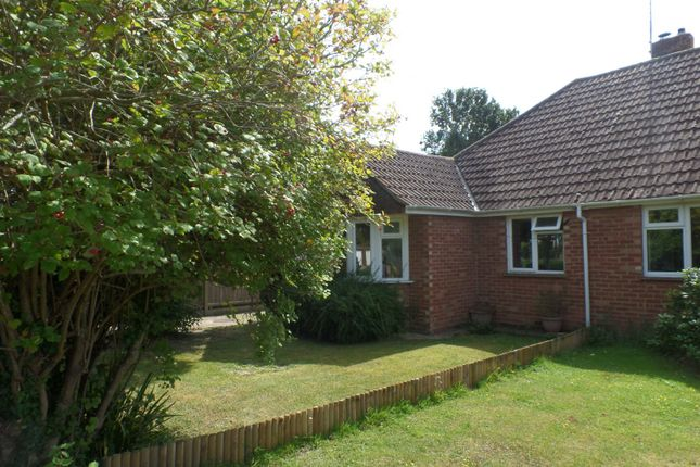 Thumbnail Bungalow to rent in Deeside Avenue, Chichester