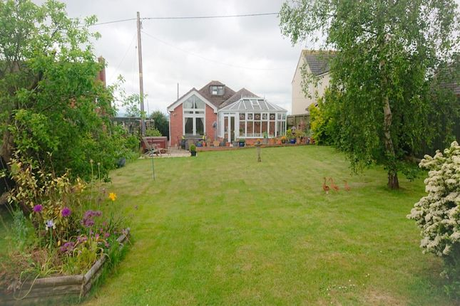 Thumbnail Bungalow for sale in Long Hyde Road, South Littleton, Evesham
