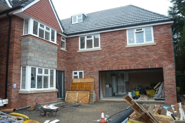 Thumbnail Detached house for sale in Uppingham Road, Leicester