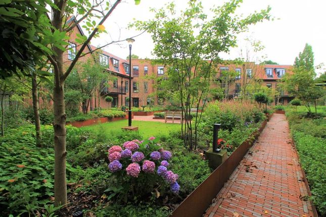 Photo 9 of Hampstead Reach, Chandos Way, Hampstead Garden Suburb, London NW11