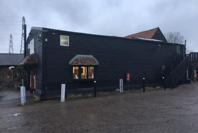 Thumbnail Office to let in Suite, Lower Barn Farm, London Road, Rayleigh