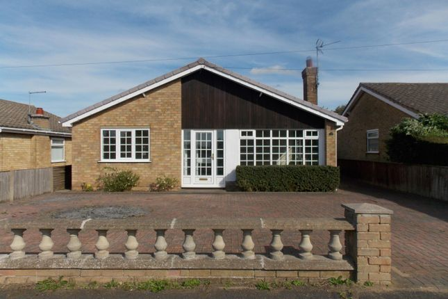 Thumbnail Bungalow to rent in Ashwood Drive, Humberston, Grimsby