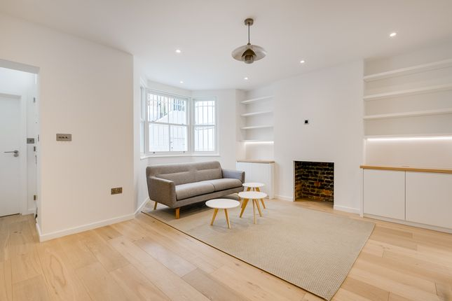 Thumbnail Flat to rent in Upcerne Road, London