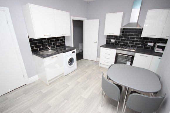 Thumbnail Shared accommodation to rent in Nadine Street, Salford, Greater Manchester