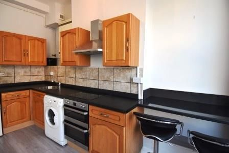 Thumbnail Flat to rent in Stokes Croft, Bristol