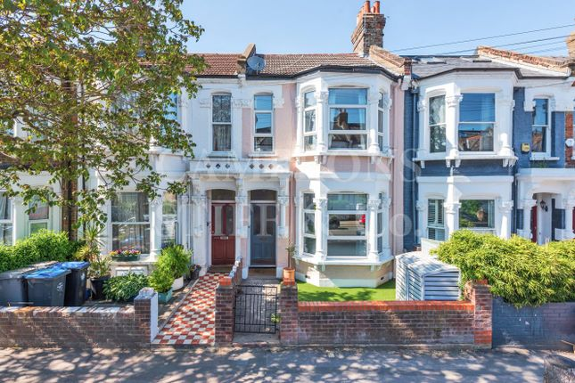 Thumbnail Terraced house for sale in Purves Road, London