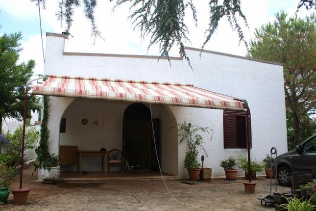 3 bed villa for sale in Concorrano, Puglia, Italy