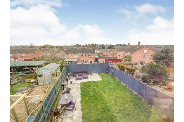 3 bed semi-detached house for sale in Edgehill Close, Leicester LE8