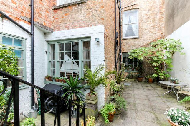 Thumbnail Flat for sale in Lansdown Terrace Lane, Cheltenham