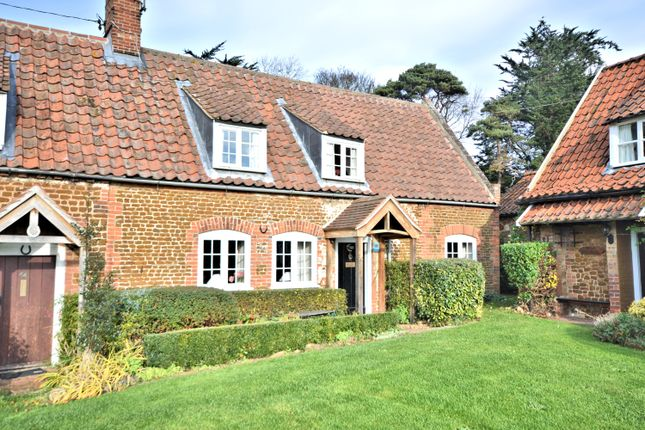 Thumbnail Cottage for sale in Hunstanton Road, Heacham, King's Lynn