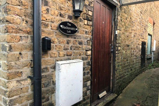 2 bed property to rent in Bunkers Hill, Dover CT17
