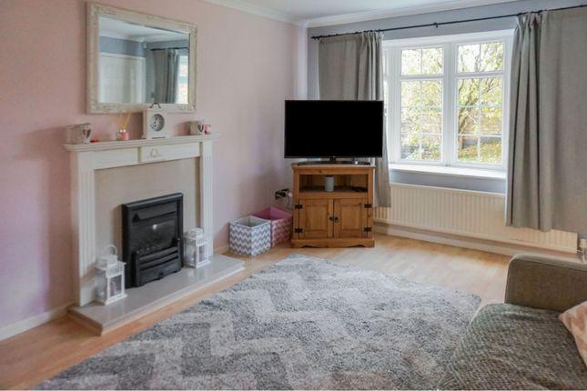 Living Room of Kenrick Road, Mapperley NG3
