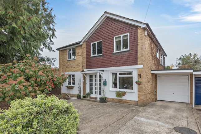 Thumbnail Link-detached house for sale in Orchard Close, Spencers Wood, Reading