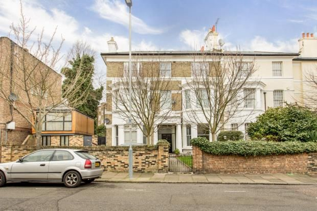 Thumbnail Flat for sale in Hilldrop Crescent, Tufnell Park