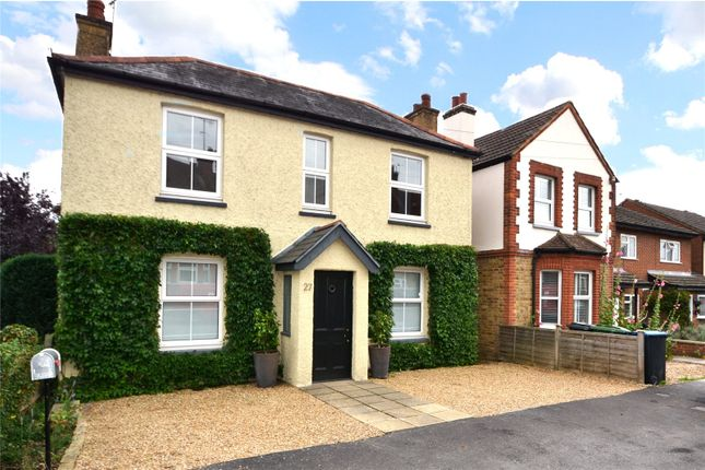 Thumbnail Detached house to rent in Meadowbank, Alexandra Road, Kings Langley