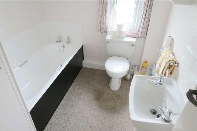 Bathroom: of Chapel Lane, Leasingham, Sleaford NG34