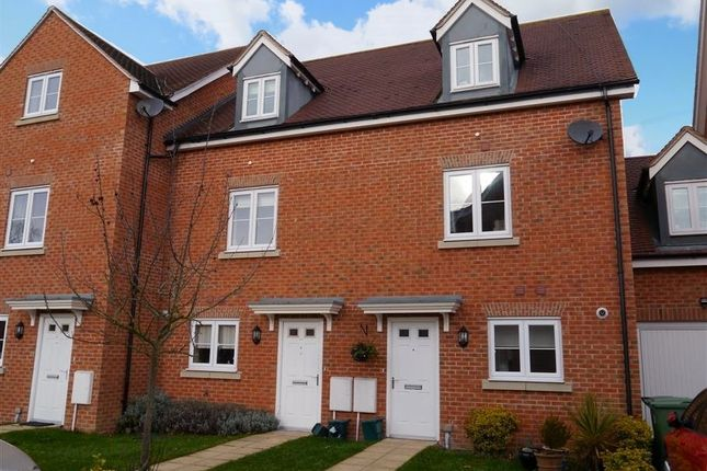 Thumbnail Town house to rent in Northcourt Mews, Abingdon-On-Thames
