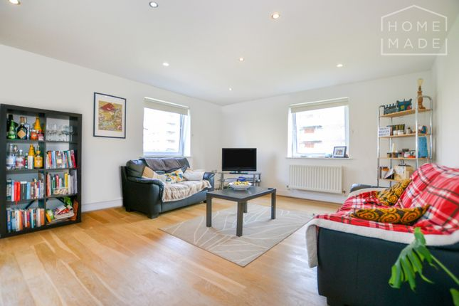 Thumbnail Flat to rent in Wards Wharf Approach, Silvertown