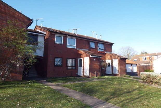 Thumbnail Flat to rent in Mapperton Close, Poole