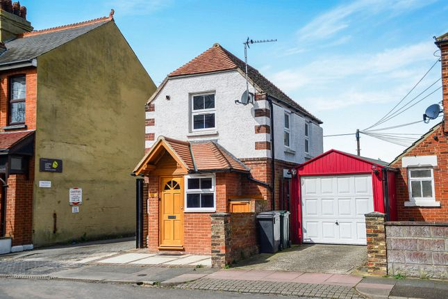 Thumbnail Detached house for sale in Willowfield Road, Eastbourne
