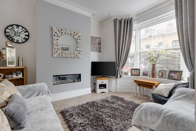 5 bed terraced house for sale in Prospect Road, Scarborough YO12