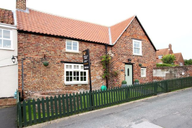 Thumbnail Cottage for sale in South End, North Dalton, Driffield