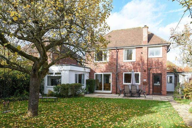Thumbnail Detached house for sale in South Avenue, Abingdon