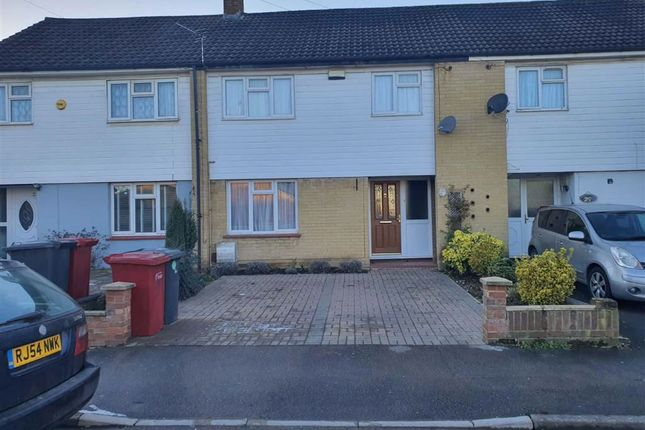 Thumbnail Terraced house to rent in Swabey Road, Langley, Slough