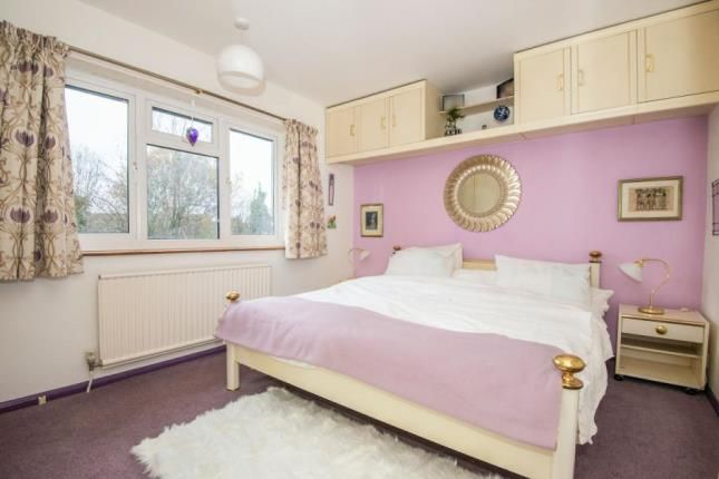 Picture No.06 of Claygate, Esher, Surrey KT10