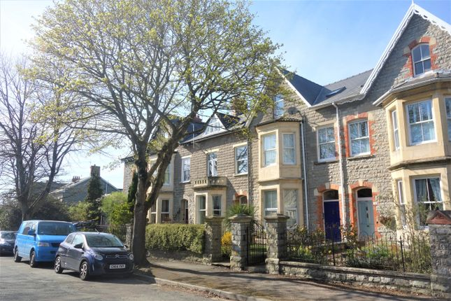 Thumbnail Flat to rent in Clive Place, Penarth