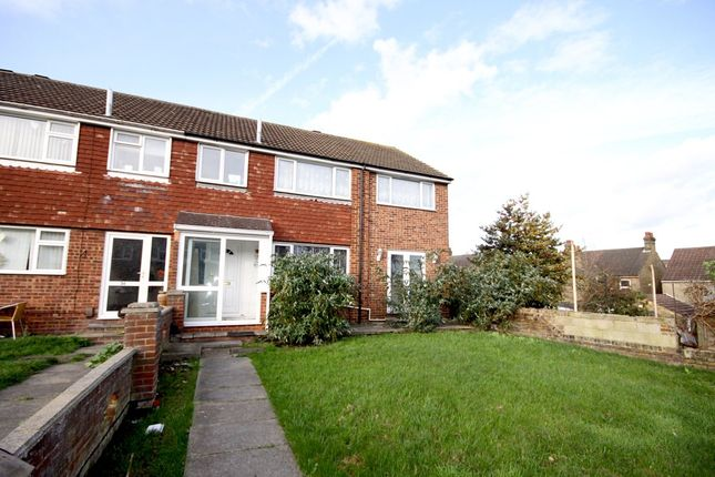 Thumbnail Property to rent in Walmer Gardens, Sittingbourne