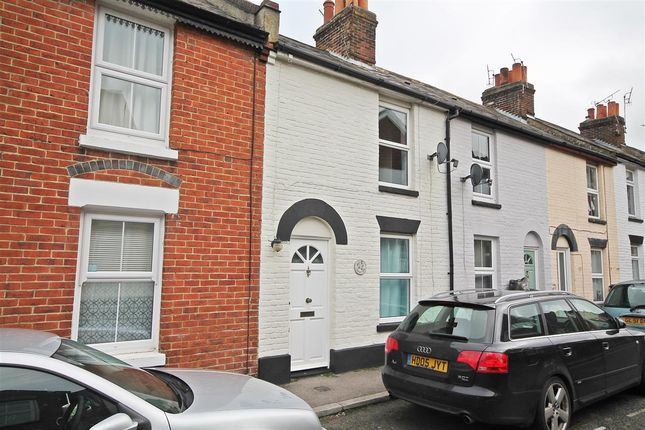 2 bed terraced house to rent in Prospect Place, Canterbury CT1