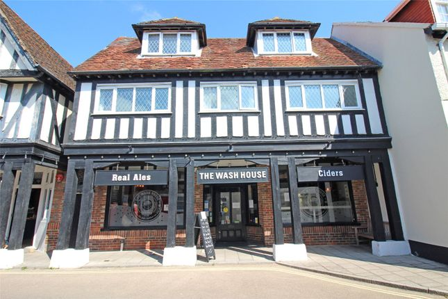 3 bed flat for sale in High Street, Milford On Sea, Lymington SO41